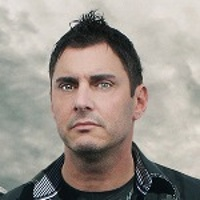 JOHNNY GIOELI </h3><p><strong>Chant-