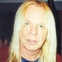 RICK WAKEMAN</h3><p><strong>Claviers-