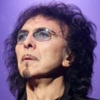 TONY IOMMI </h3><p><strong>Guitare-